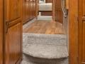 Montanta 3725RL Hallway